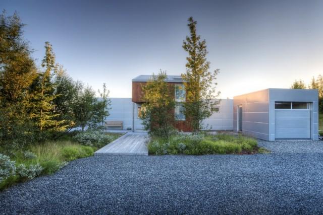 exterior-Minarc-House-Iceland2